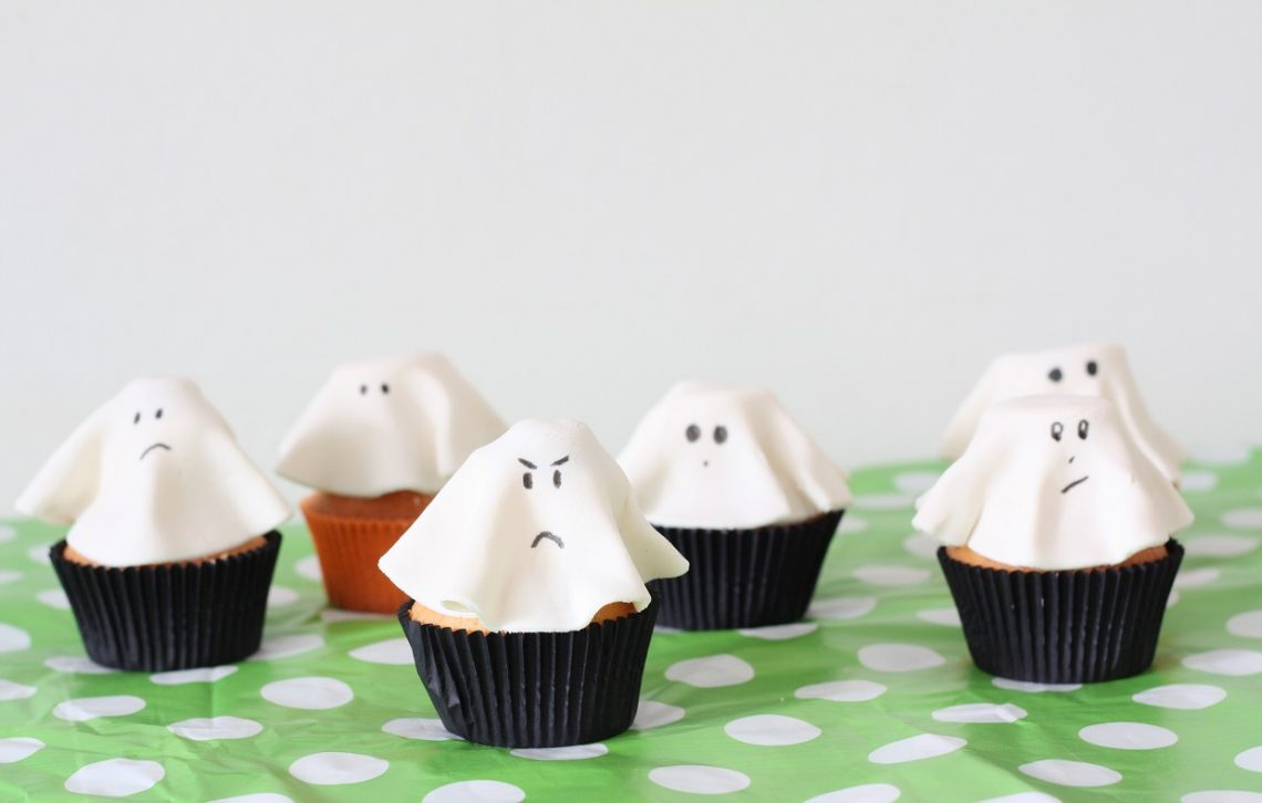 spook cupcakes