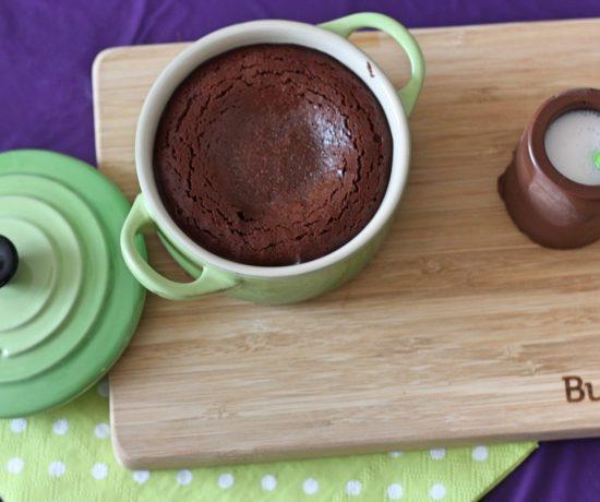 Chocolade dessert in mini pannetjes