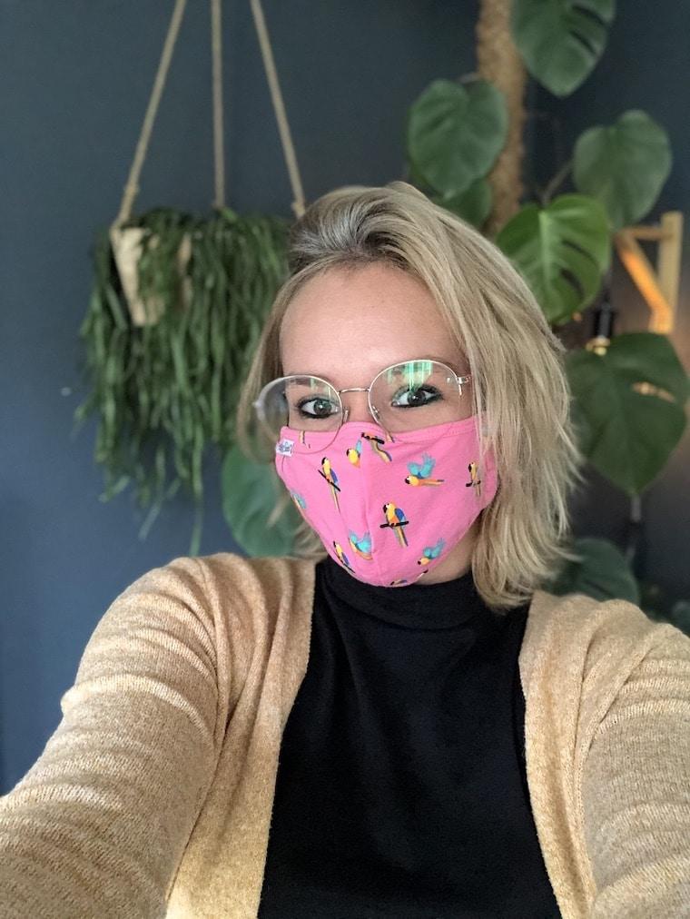 roze mondkapje